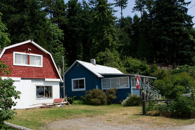 Typical homes, Welcome Beach off Redrooffs Rd between Sechelt & Halfmoon Bay