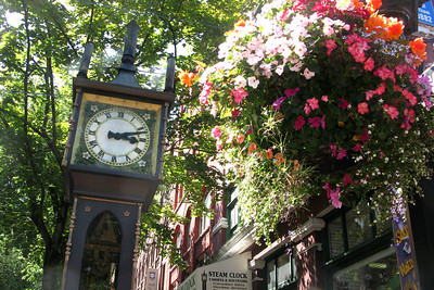 Vancouver's oldest neighborhood, Gastown. This is the historic steam clock. Away from its touristy parts, Gastown is really cool.