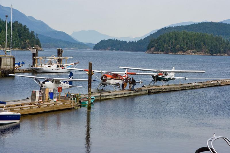 Float planes, Porpoise Bay, Sechelt Inlet. (pronounced SEE-shelt)