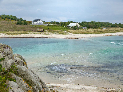 St. Agnes, a mile across, is one of the smaller of five inhabited islands in the Scilly archipelago, and has a community of only 72 people. It is one of the southermost islands in the Scilly group and we walked around its perimeter.