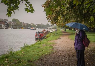 Rainy walk along Thames, Kingston