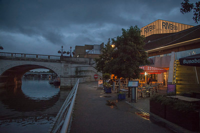 Thames-side dining, Kingston