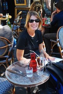 Sunday afternoon lunch near Pere Lachaise.