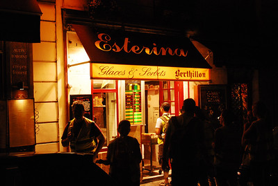 Ice cream store on Ile St Louis along Rue St Louis.