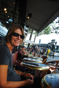 Happy Hour at cafe at Pont de l'Alma, Monday.