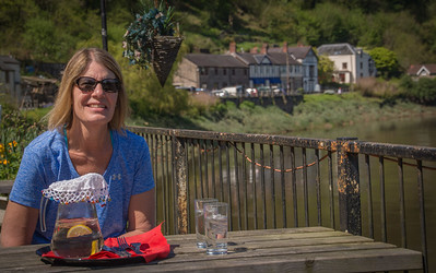 Lunch in Tinturn on the banks of the River Wye.
