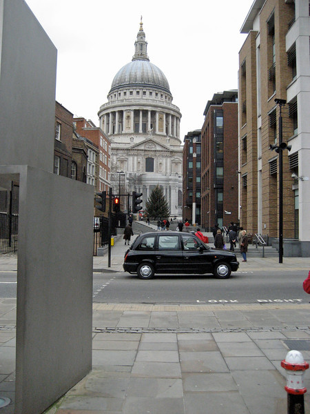 St. Pauls's from Queen Victoria Street