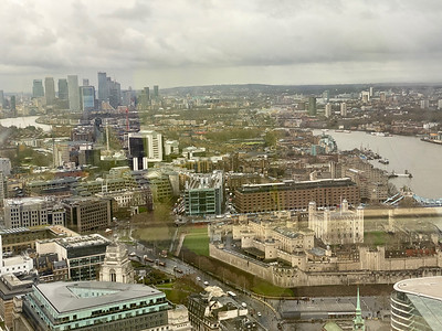 Canary Wharf and the Tower of London