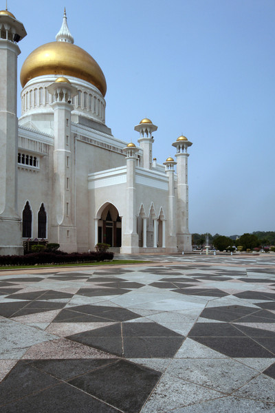 Omar Ali Saifuddien Mosque, Bandar Seri Begawan, Brunei. View from the northeast.