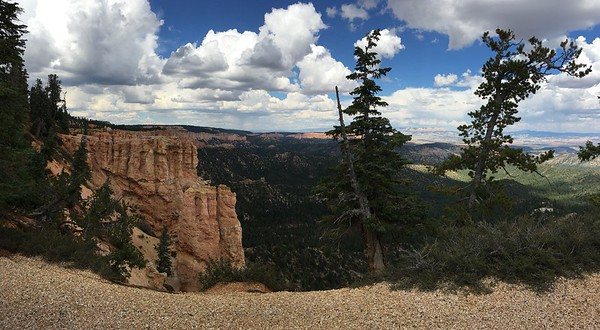 The canyon and the clouds