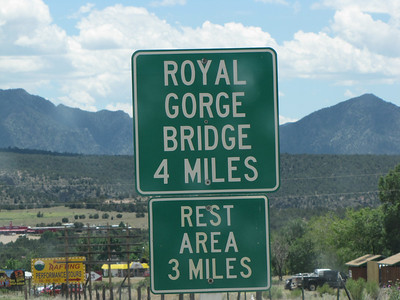 sign to Royal Gorge