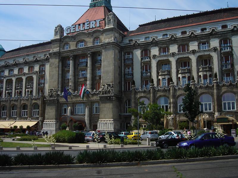 Hotel Gelert (also hot baths)