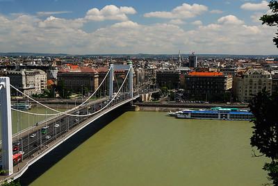 Elizabeth Bridge and Pest