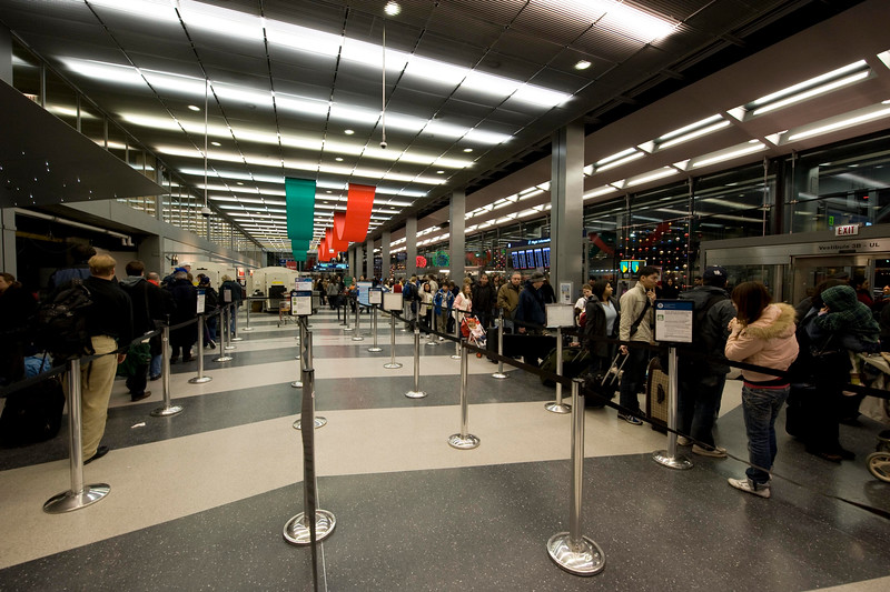 Security Lines on the left, check in on the right.