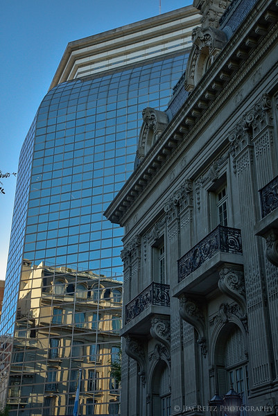 The new and old mix together in Buenos Aires.