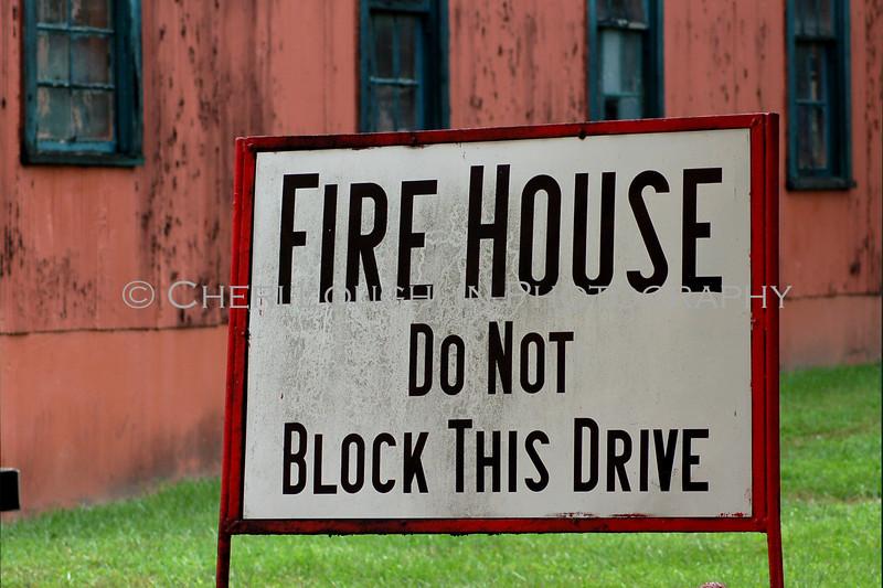 Firehouse Sign 4x6