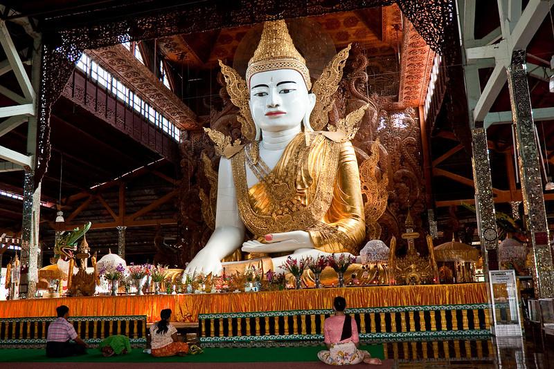 Ngahtatgyi Paya a.k.a. The Five Storey Buddha, Yangon