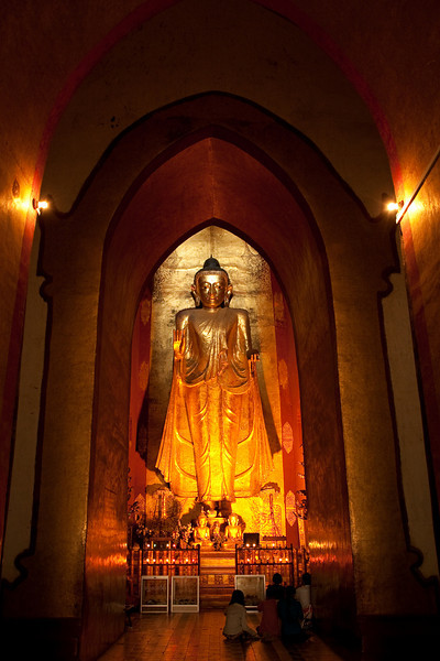 Kassapa Buddha statue inside Ananda Pahto, Bagan