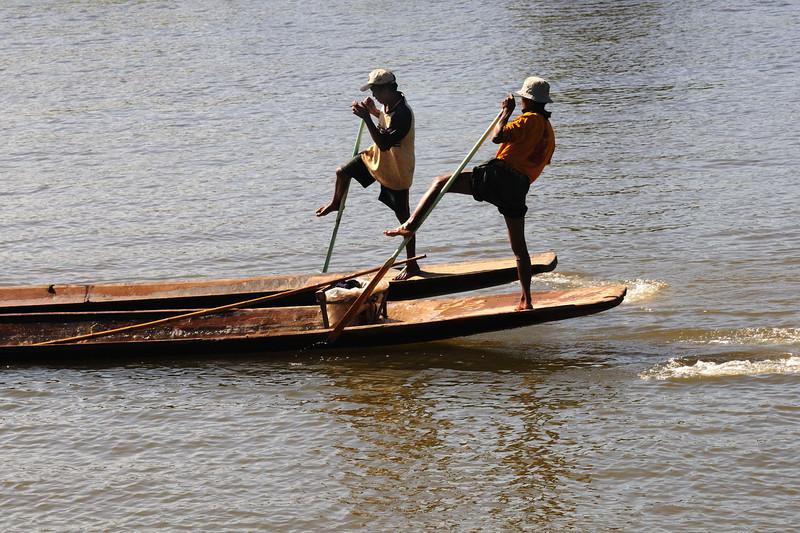 Leg-rowers having a race