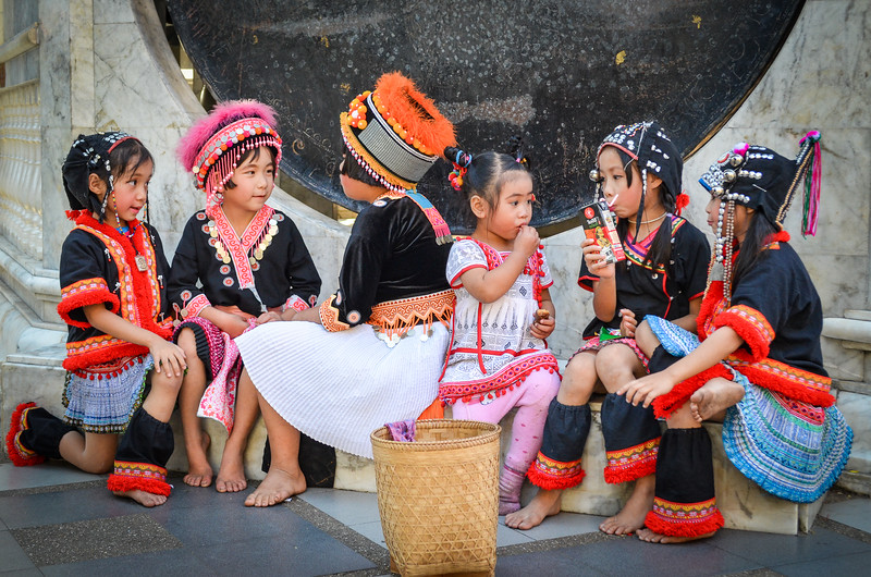 Child performers at Doi Suthep