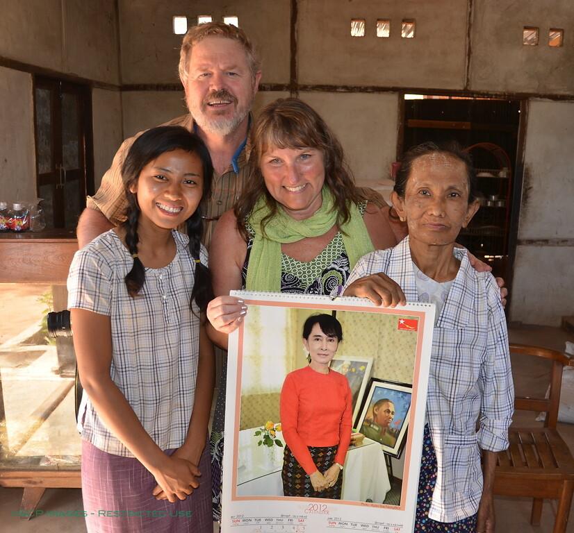 The Lady with Bill, Pam, Twe and Daw Waing Tin, Agga's Mom