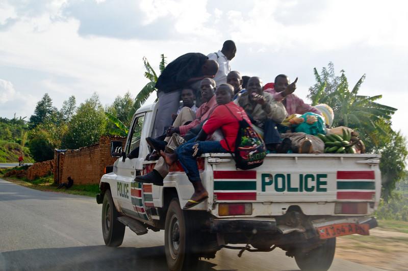Die Polizei hält sich auch nicht immer an die geltenden Verkehrsregeln.