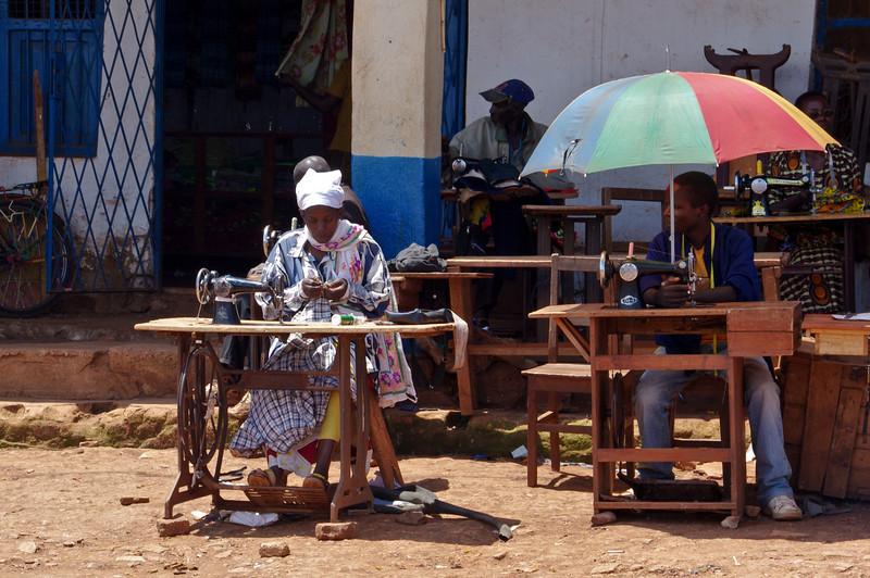 Näherinnen auf dem Markt