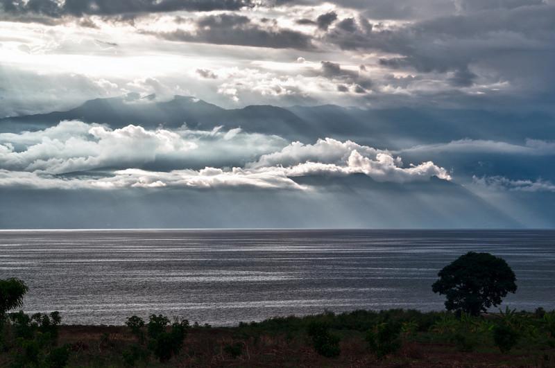 Blick über Tanganjikasee in Richtung Kongo