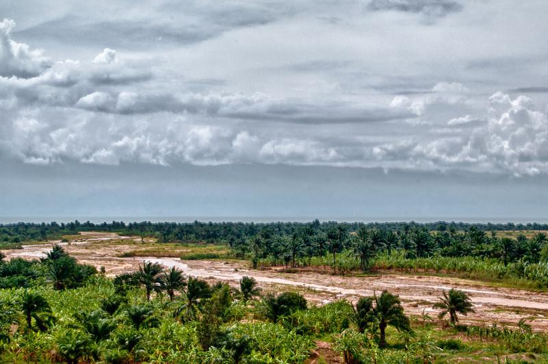 Flusslauf mit Mündung imTanganjikasee