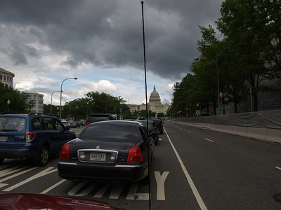 Traffic on Constitution Ave