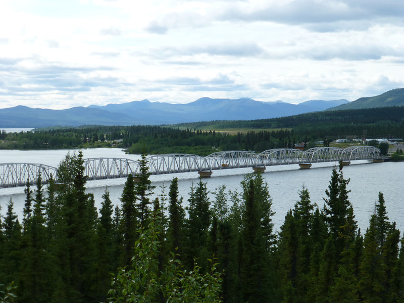 Right outside of Teslin, the worlds longest grated bridge....the bike just gets pulled and wanders all over it. The guys with knobby tires really get the worst of it. FINALLY....something my tires handle better than theirs.
