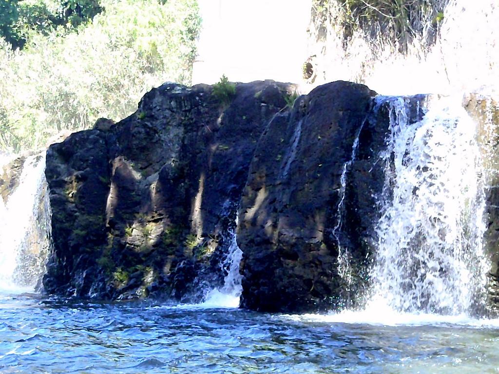 Hilo, Hawaii -Hilo Bay Waterfall & Kayak Nov 2, 2010