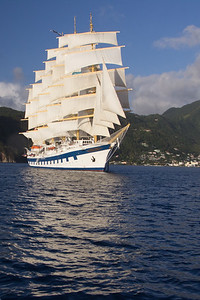 photographing the Royal with full sails