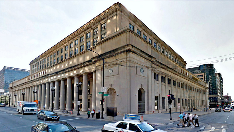 "0-Union Station (1925), Canal Street façade.  <strong><span style=""color:yellow"">Photo: Google Streetview, 2012.</strong></span style=""color:yellow"">"