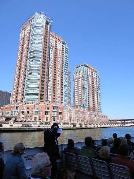 5-Condos along Chicago River Esplanade