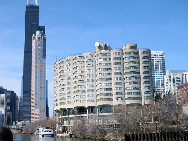 30-Willis Tower; 311 S. Wacker; Bertrand Goldberg's River City condos.