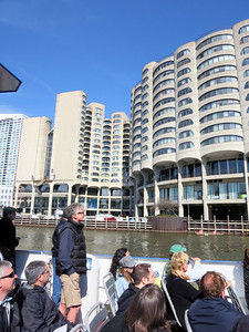 25-S-plan River City condos by Bertrand Goldberg (of Marina City fame). They front on South Wells St.
