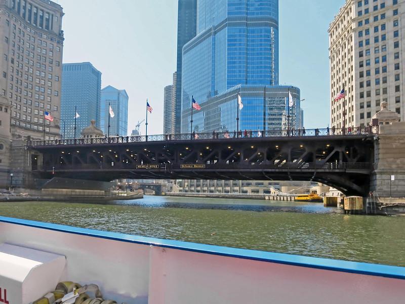 2-Michigan Ave bridge, Trump Hotel behind.