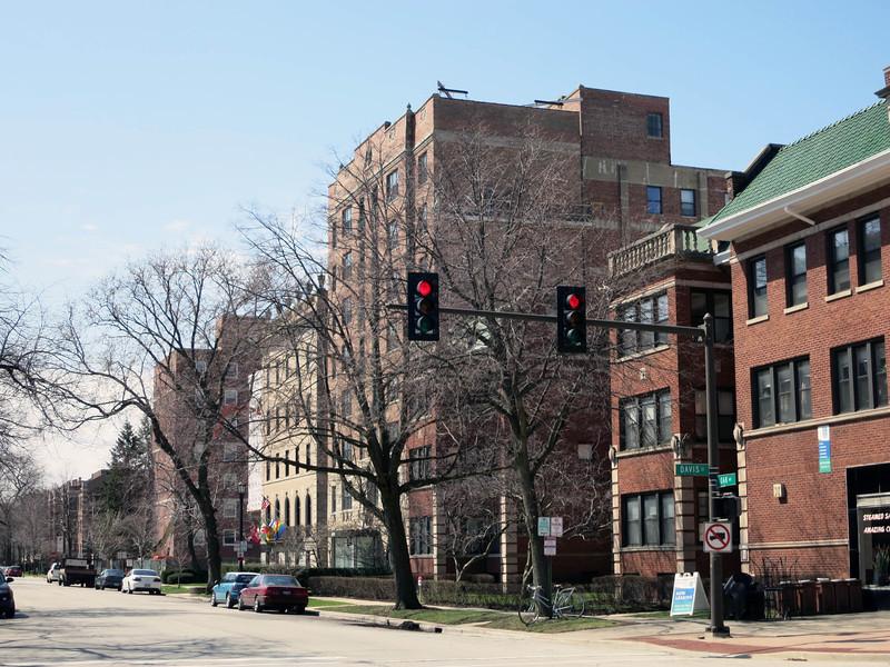 3-West side Oak St, looking south from Davis