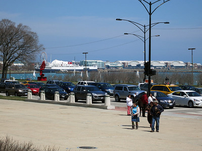 33-Navy Pier and Lake Shore Drive from Buckingham Fountain