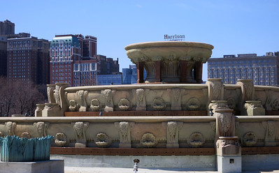 """31-Buckingham Fountain and Michigan Ave """"cliff"""""""
