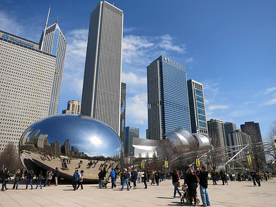 20-Cloud Gate and Aon (fomerly Standard Oil: 1973, 1,136 ft.) mimic 1939 World's Fair sphere and tetrahedron.