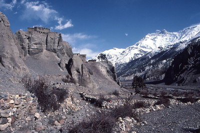 The village of Manang, on the Annapurna Circuit trail