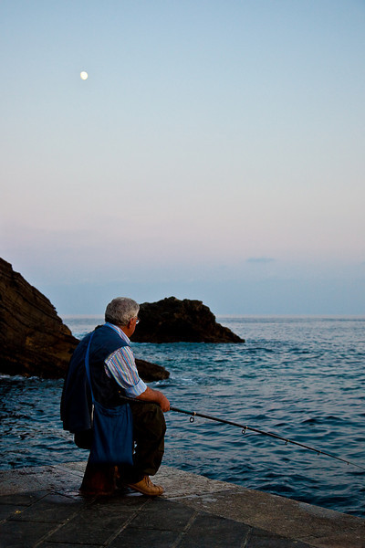 LOCAL FISHERMAN-VERNAZZA