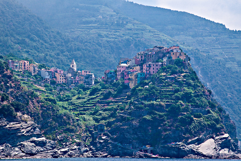 VILLAGE OF MANAROLA OF THE CINQUE TERRE