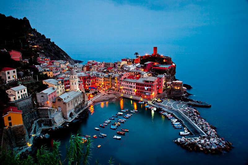 VERNAZZA AT LAST LIGHT