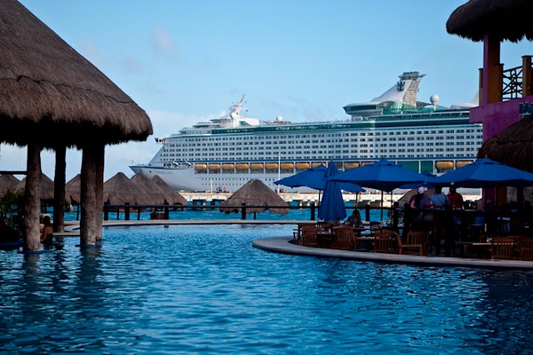 VOYAGER AS SEEN FROM THE COSTA MAYA CRUISE PORT