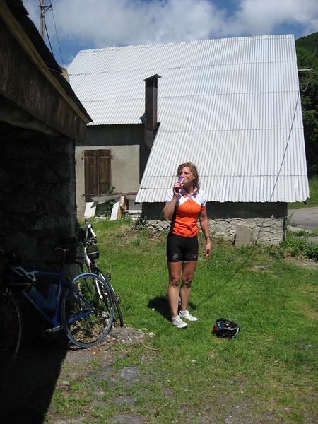 Sue at Col de Portet-d'Aspet.