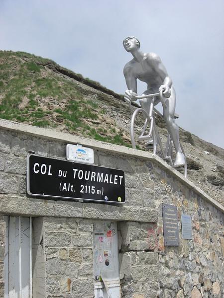 Sign & sculpture at Col du Tourmalet.
