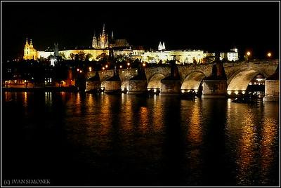 """""""FAMOUS"""", Vltava/Moldau river, Charles bridge, Prague castle, Prague, Czech Republic."""